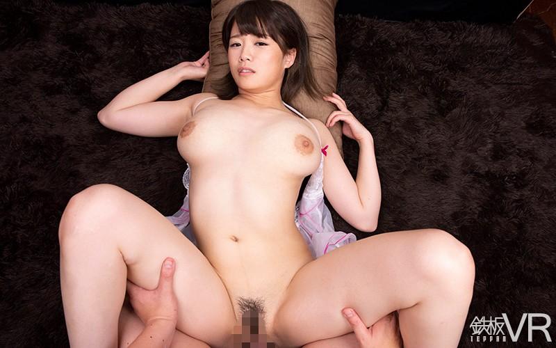 【VR】HQ60fps 神乳 Jcup105cm おっパブ嬢!嫌よ嫌よも良いのうちww本番禁止なのに挿入性交!の画像